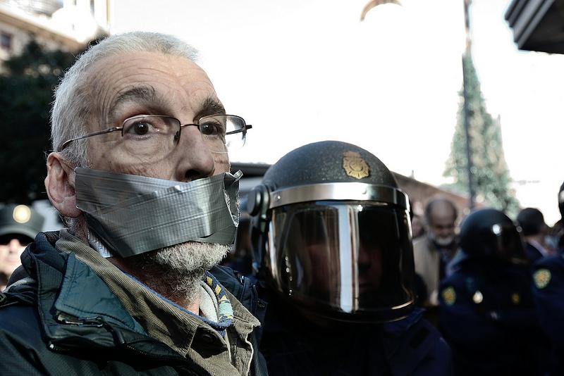 Una legge-bavaglio per la Spagna: il no alla Ley Mordaza