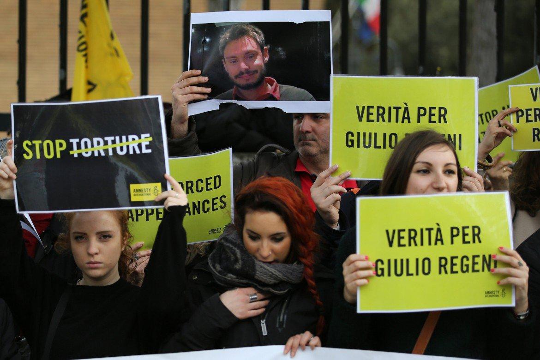 Verità per Giulio Regeni: la mobilitazione a sei mesi dalla scomparsa