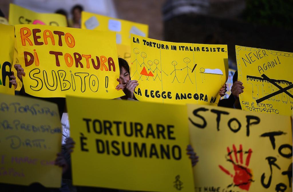 L'Italia non può più aspettare: in piazza per il reato di tortura