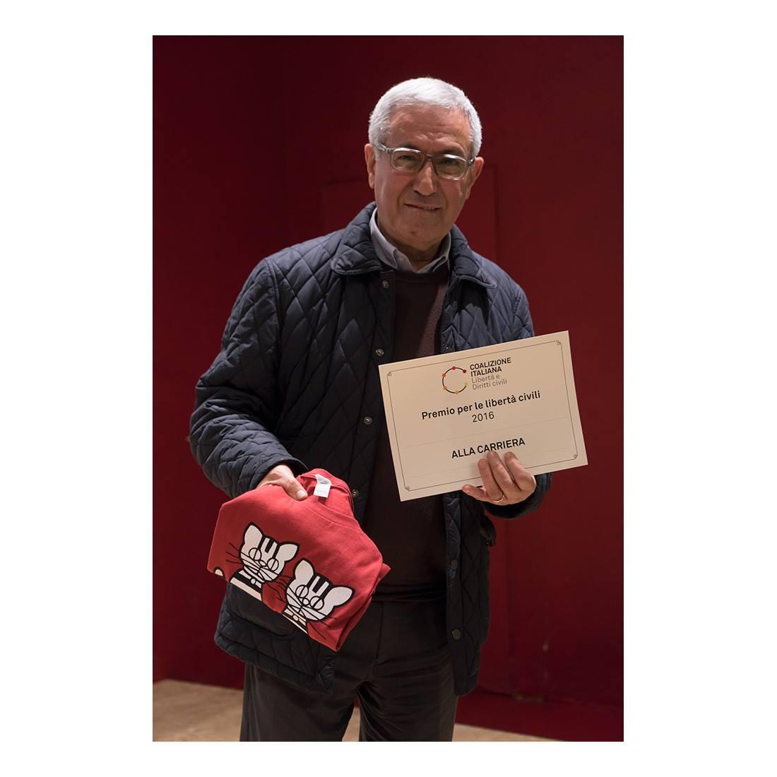 Don Ettore Cannavera alla consegna del Premio CILD