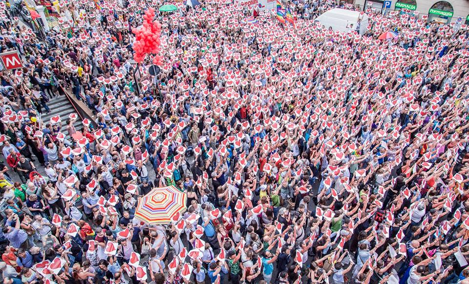 #DirittiSenzaConfine: sabato 24 saremo al Milano Pride!