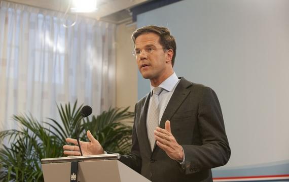 Referendum in Olanda: i cittadini votano contro la sorveglianza