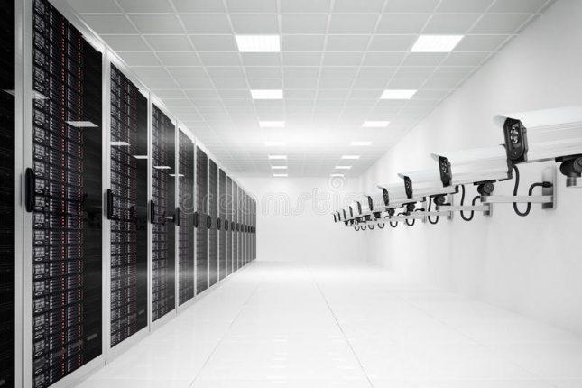 datacenter-cctv-camera-long-row-33012940