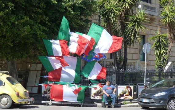 Un'Italia frammentata: una ricerca sul rapporto tra italiani e migrazione